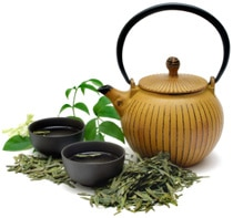 green-tea-with-pot-and-cups